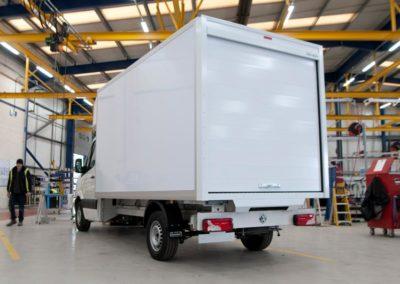 Volkswagen-Crafter-Luton-Van-Ingimex-11